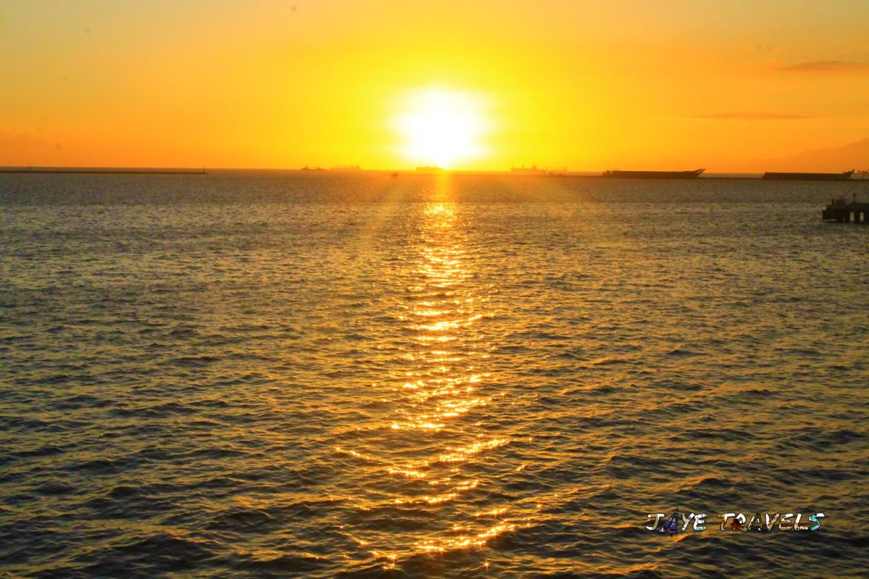 Sunset Manila Ocean Park