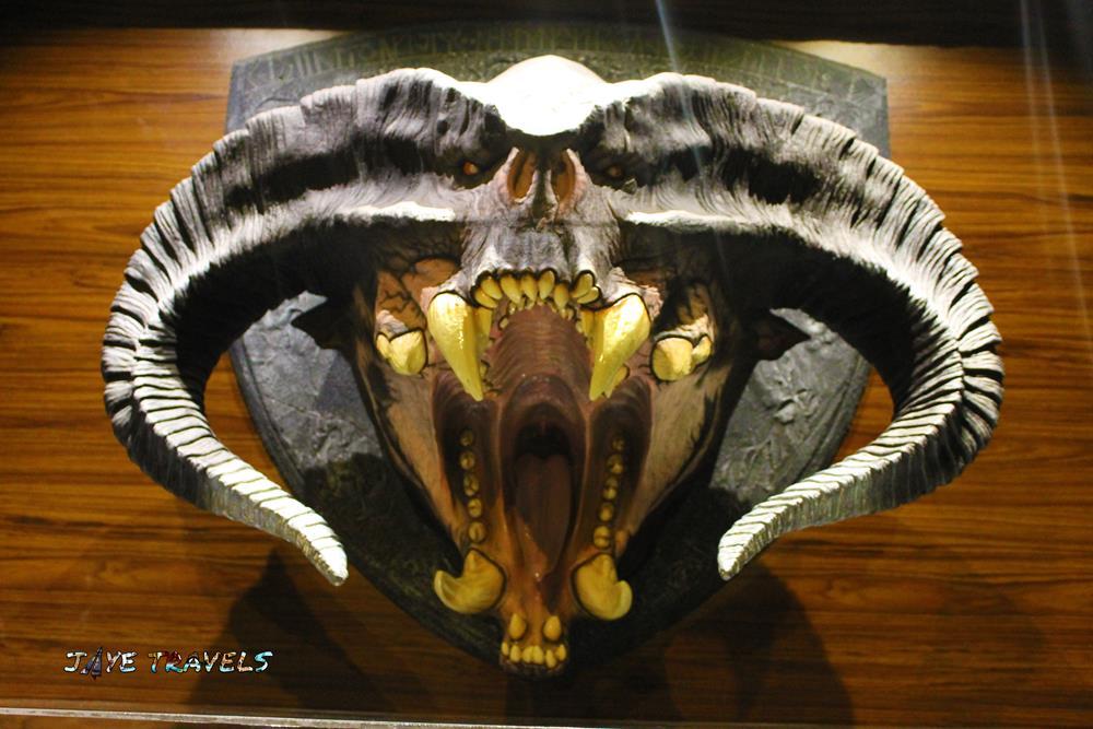 Head Balrog thrones