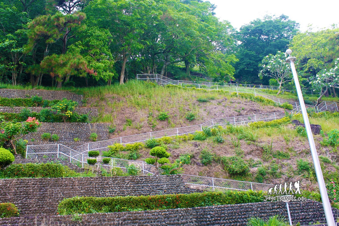 A very very long climb to see the Mount Samat Cross